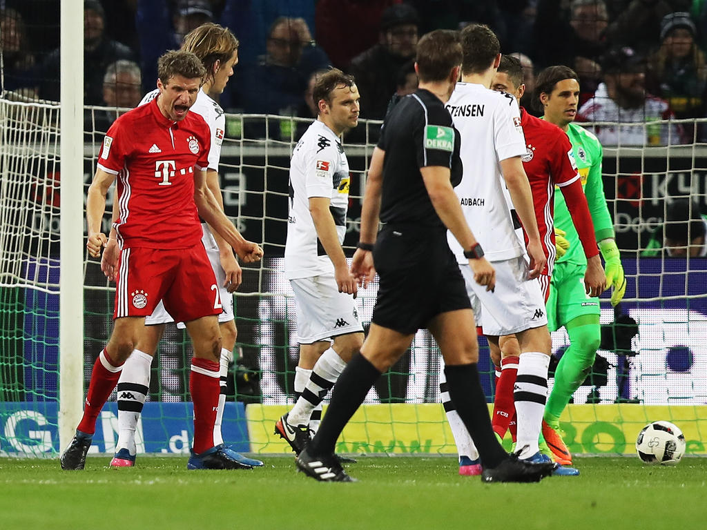 Müller marcó tras un gran pase de Thiago. (Foto: Getty)