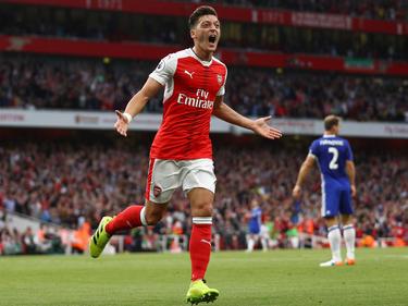 Mesut Özil ist mit den Gunners derzeit auf Erfolgskurs