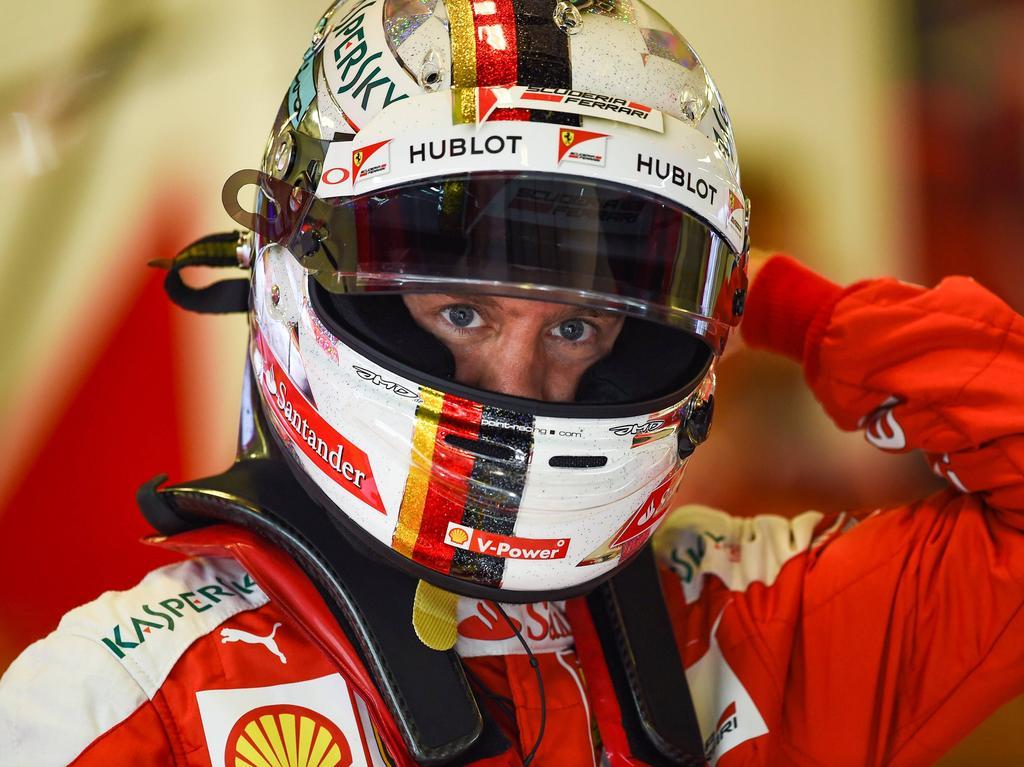 Vettel testet zum Auftakt in Barcelona