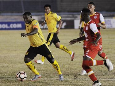 Santa Fe quiere seguir siendo el equipo puntero en Colombia. (Foto: Imago)