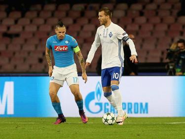 Andriy Yarmolenko (r.) könnte bald in der Bundesliga für den FC Bayern spielen