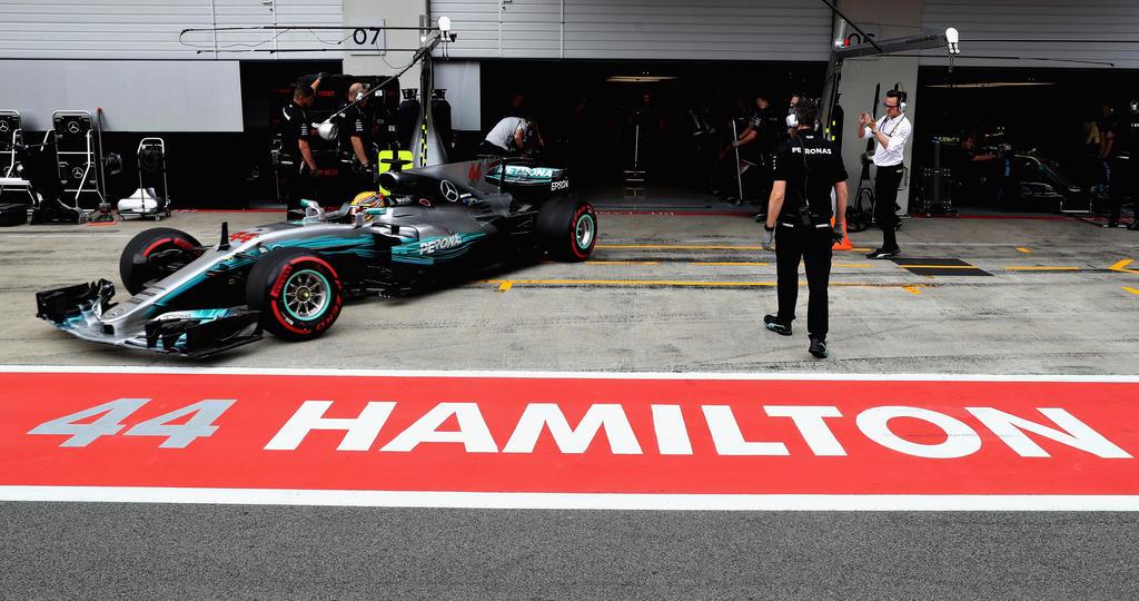 Hamilton steigert sich