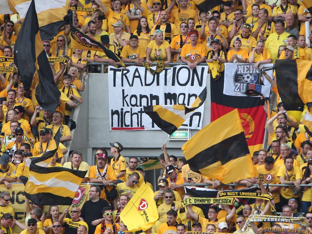 Dynamo-Fans zeigten ihre Abneigung gegen RB Leipzig sehr offen