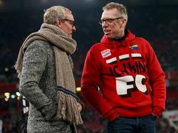 Finanz-Boss Alex Wehrle (l.) verspricht Peter Stöger frische Kräfte für die Rückrunde