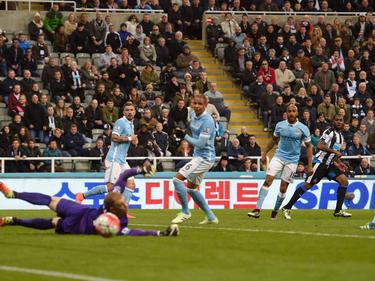 City-Keeper Joe Hart (l.) kann den Ausgleich nicht verhindern