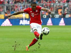 Der FC Bayern hofft auf eine schnelle Rückkehr von Douglas Costa