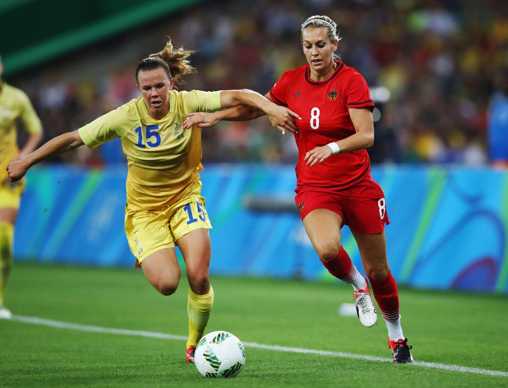 MITTELFELD: Lena Goeßling | 31 Jahre alt (VfL Wolfsburg)
