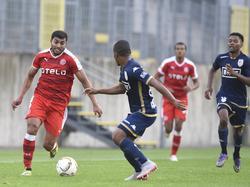 Chihi (l.) spielte unter anderem bei Fortuna Düsseldorf vor