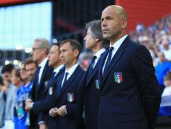 Luigi Di Biagio (r.) fordert Sperre des slowakischen Trainers