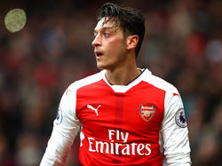 Mesut Özil wird in England stets besonders kritisch beäugt