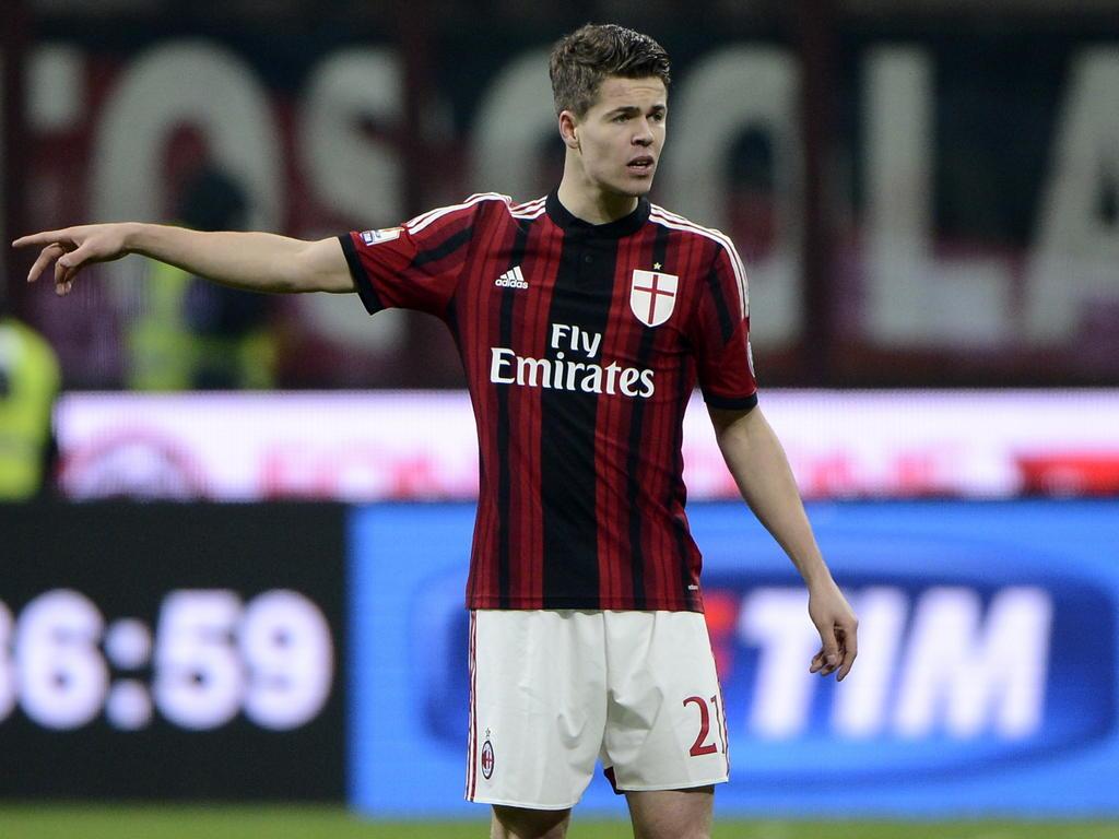 Milan muốn giữ van Ginkel