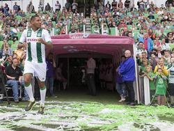 Hedwiges Maduro komt het veld op tijdens de open dag van FC Groningen (31-07-2016).