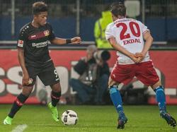 Leon Bailey (l.) freut sich auf sein Champions League-Debüt mit Bayer