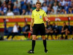 Christian Dingert pfeift die Partie zwischen Bayern und Bremen