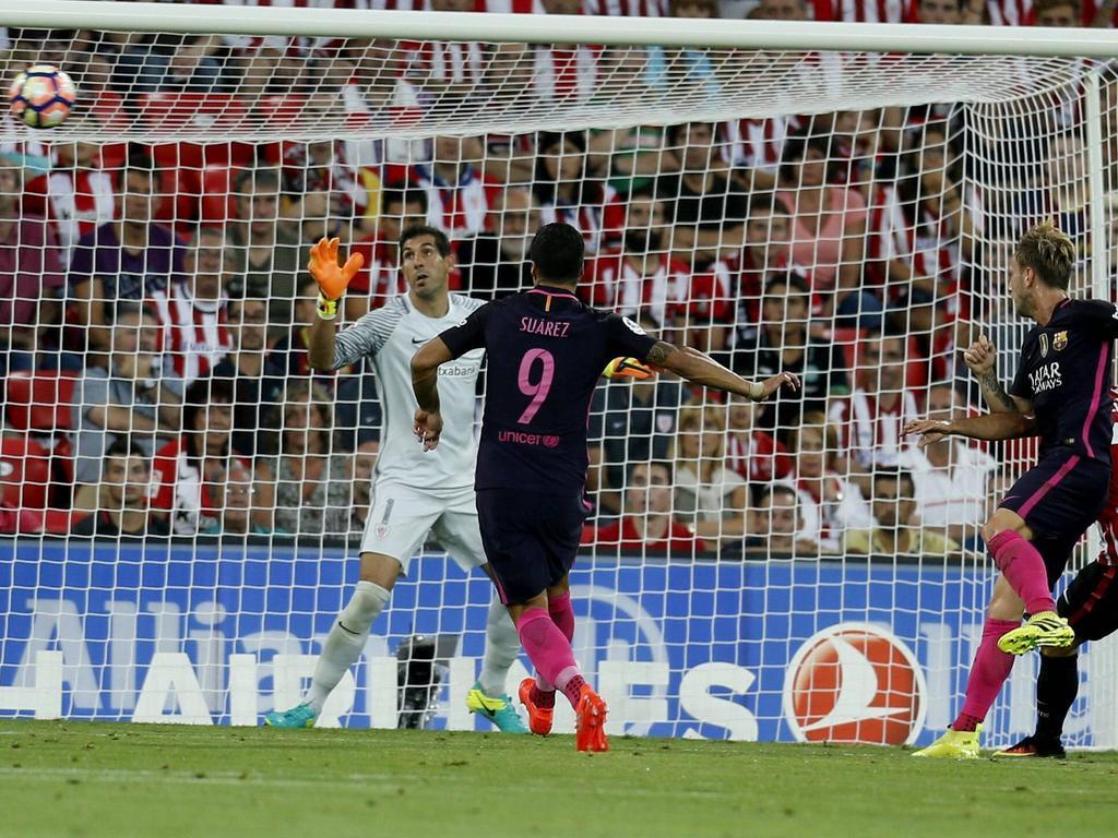 Ivan Rakitić (r.) erzielte das Tor des Tages in Bilbao