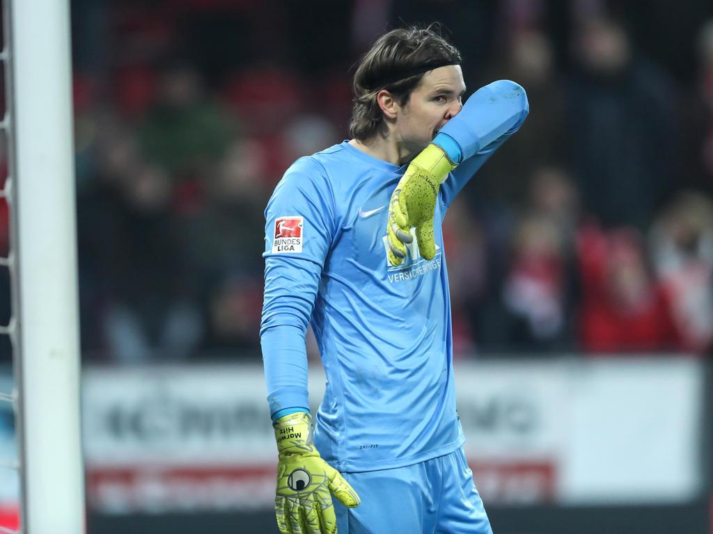 Marwin Hitz bekommt nächste Saison in Augsburg neue Konkurrenz