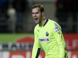 Sandhausen verlängert mit Torhüter Marco Knaller
