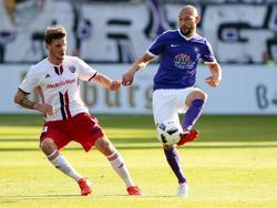 Philipp Riese musste im Pokal verletzt vom Feld (r.)