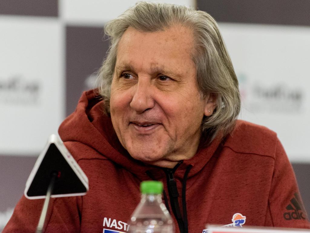 Tennis: Rumäniens Kapitän Nastase muss Stadion verlassen