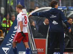 HSV-Profi Lewis Holtby musste gegen den FC Augsburg vom Feld
