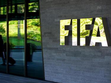 Ein FIFA-Funktionär hat in seiner Heimat Zypern große Probleme
