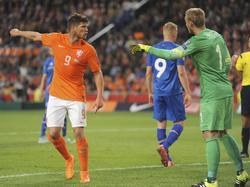 Klaas-Jan Huntelaar (l.) ist frustriert