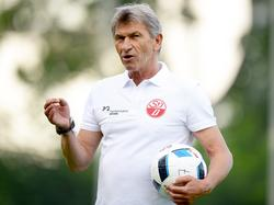 Klaus Augenthaler trainiert den Landesligisten SV Donaustauf