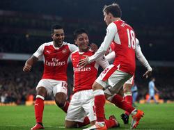 Arsenal holt sich zwischenzeitlich die Tabellenführung