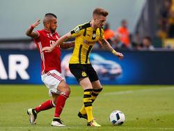 Marco Reus (r.) wird wohl gegen den FC Bayern fehlen