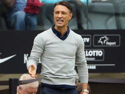 Frankfurts Trainer Niko Kovač tritt mit seinem Team in Augsburg an