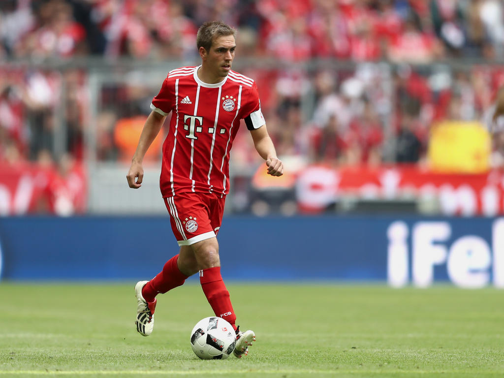 Lahm wieder im Fußball-Trikot: Comeback bei Gern!
