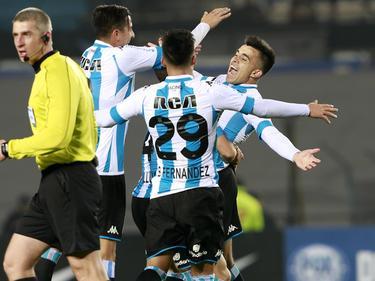 Los jugadores de Racing celebran el tanto de Marcos Acuña. (Foto: Imago)