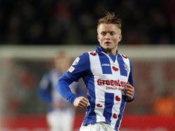 Sam Larsson maakt speelminuten tijdens het competitieduel FC Twente - sc Heerenveen (18-02-2017).