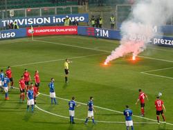 Beim Spiel Italien gegen Albanien gab es heftige Pyro-Vorfälle
