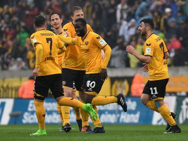 Dynamo Dresden bleibt im Rennen um einen der ersten drei Plätze
