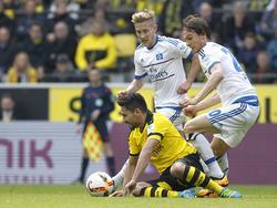 Lewis Holtby (hinten links) und Albin Ekdal (rechts) sind beim Bundesligastart nicht dabei