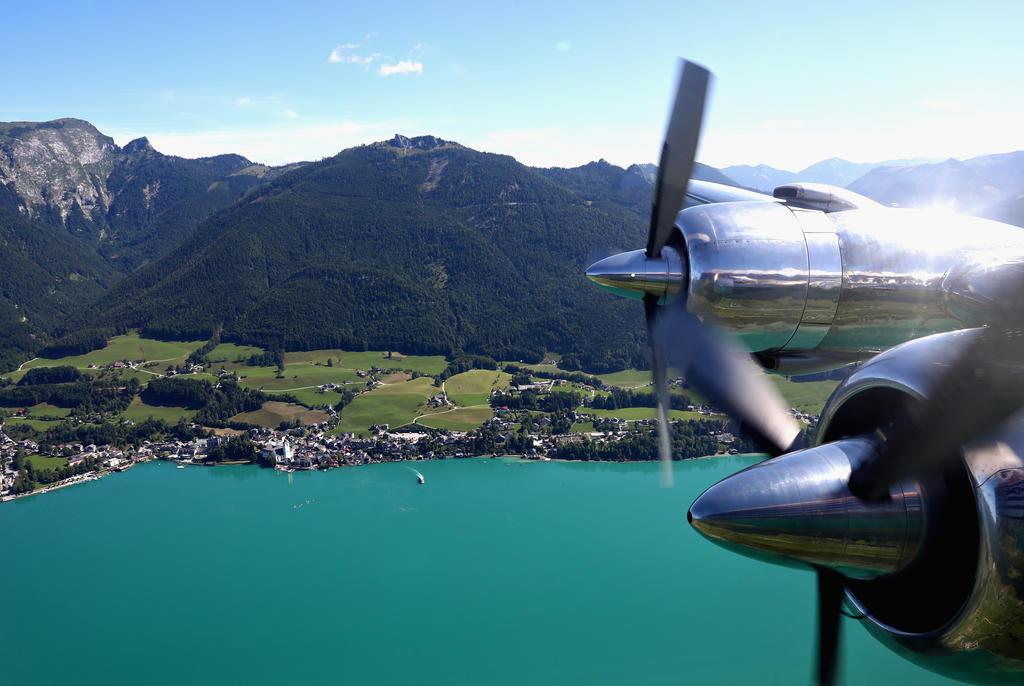 Mit dem Flugzeug nach Salzburg