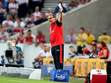 Ewald Lienen will mit St. Pauli aus der Krise