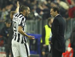 Massimiliano Allegri (r.) hat Leonardo Bonucci nach einem Wortgefecht aus dem Kader geworfen