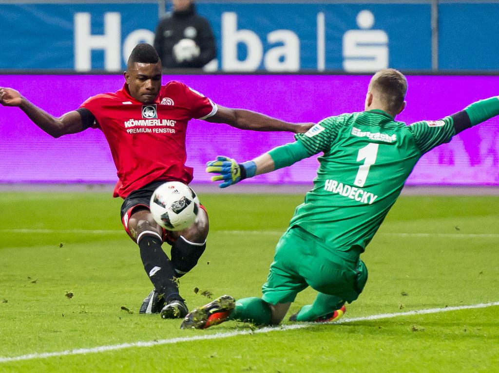 Jhon Córdoba liebäugelt mit dem Abschied von Mainz 05