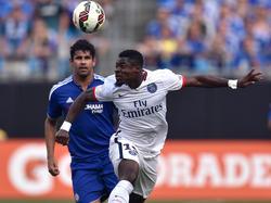 Serge Aurier (r.) und Diego Costa könnten sich bald regelmäßig duellieren