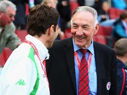 Bernd Schröder wurde vom DFB ausgezeichnet