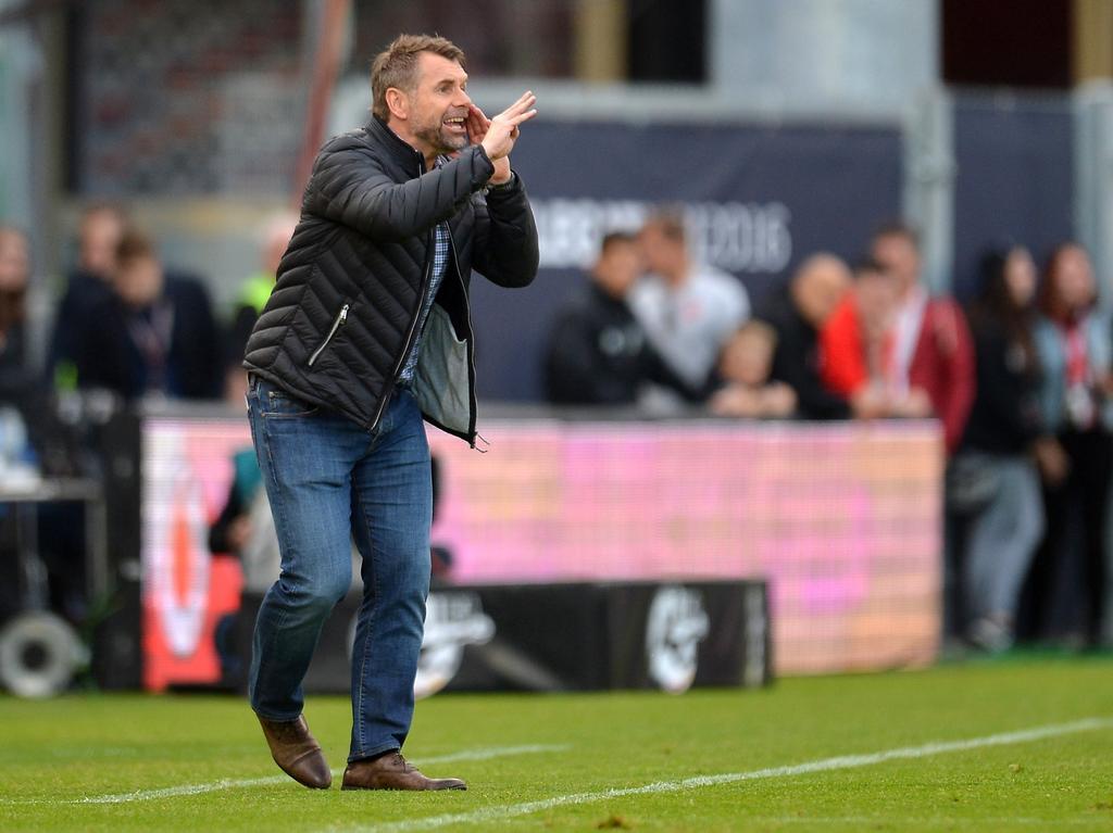 Aus für Hollerbach | 2.-Liga-Absteiger Würzburg feuert Trainer