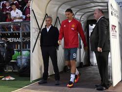 José Mourinho (l.) hofft auf eine baldige Rückkehr von Zlatan Ibrahimović