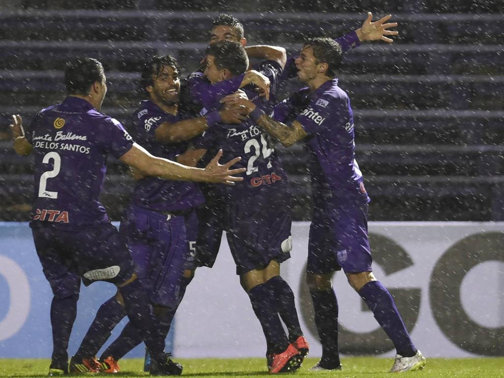 Defensor Sporting jugará la vuelta en su estadio con mucho a favor. (Foto: Imago)