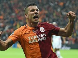Lukas Podolski bejubelt seinen Treffer für Galatasaray