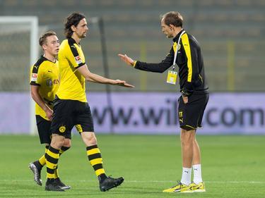 BVB-Trainer Tuchel (r.) macht Subotić (Mitte) Hoffnungen