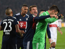 Ulreich (re.) und Müller waren die Helden gegen den VfB