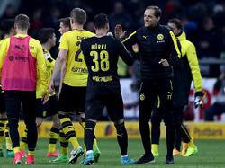 BVB-Coach Tuchel (r.) freute sich mit seinen Spielern