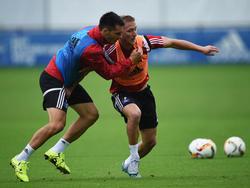 Emir Spahić (l.) und Lewis Holtby mussten beim Training aussetzen